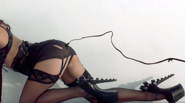 La lencería fetichista estimula la imaginación